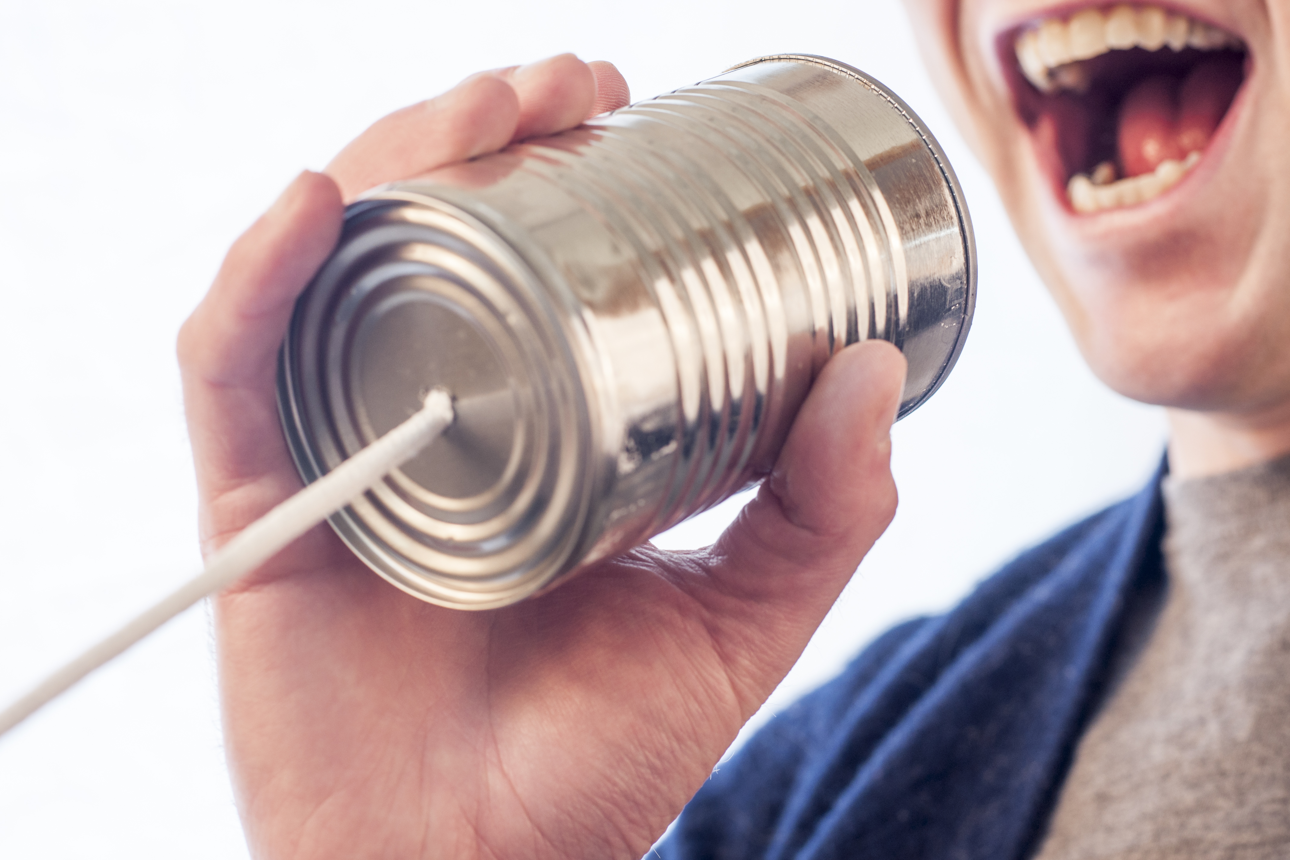 communication-with-cans